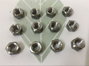 Duplex 2205 A182 F51 UNS S31803 EN1.4462 hex bolt DIN933 fastener