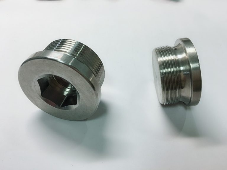 custom made stainless steel ring bolt with ss key ring